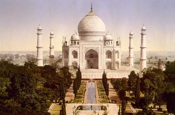 イスラム建築であるタージ・マハル