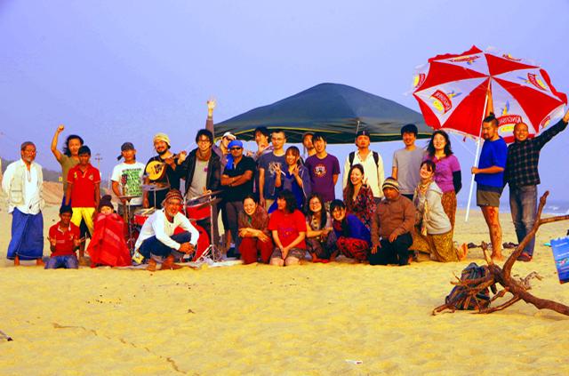 第二回Puri Rock Festivalに参加した人たちとのビーチBBQ