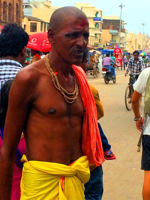 怖いインドの人