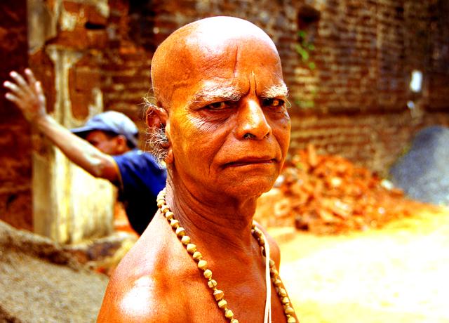 ヒンドゥの偉いおじさん