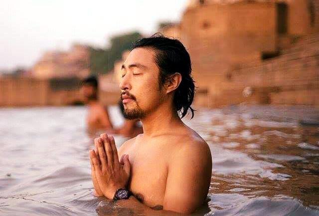 瞑想座学講師ゆーご
