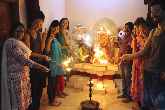 インドの燈明祭、ディワリをサンタナホテルで
