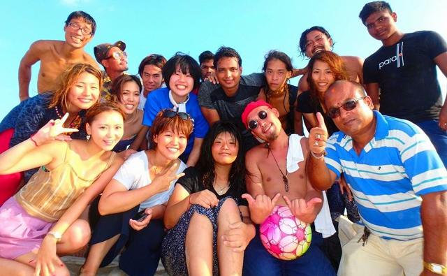 ヨガメンバーとビーチでBBQ