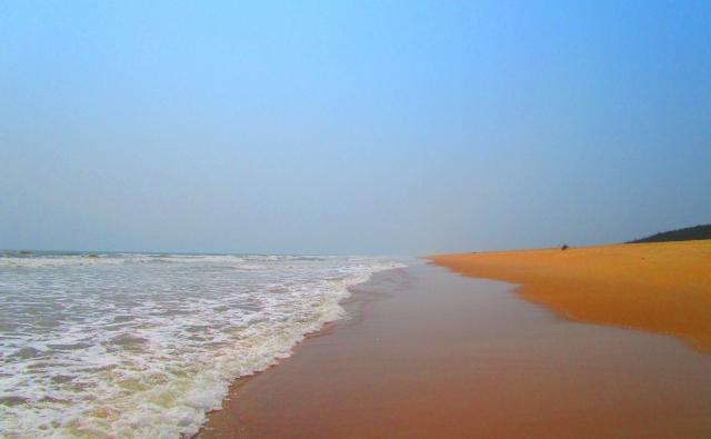 コナーラク側のビーチの写真。