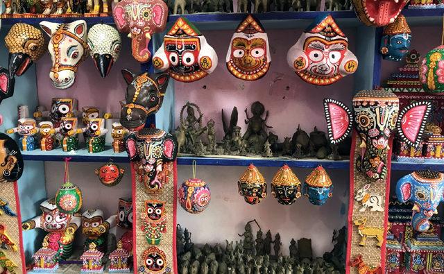 芸術村(ラグラジプール)にある民芸品の数々