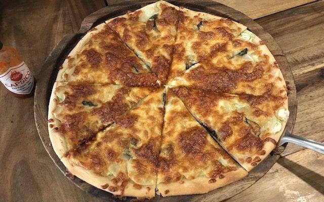 PIZZA CON ZUCCHINE L(360Rs)