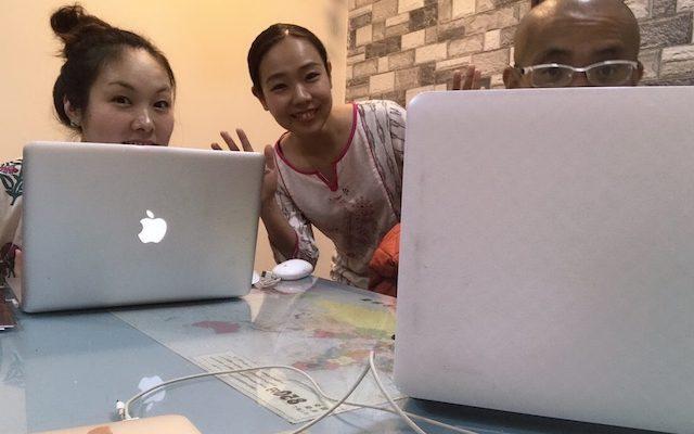 スタッフルームで元スタッフのみおちゃんと坂本さんと私