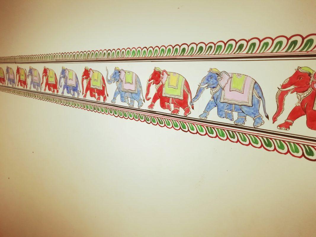 ゾウの壁絵