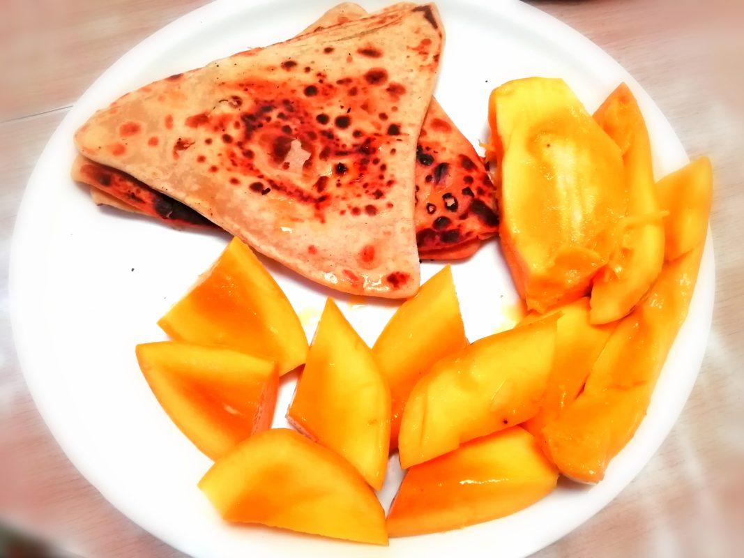 パラタとマンゴー